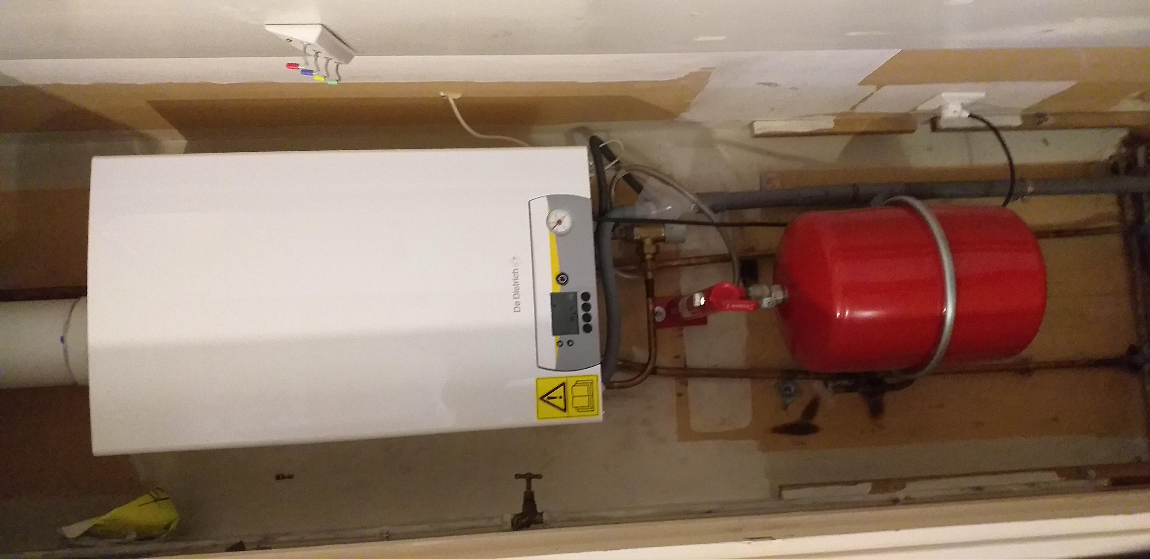 à Brains, installation de chaudière condensation, remplacement du système électrique